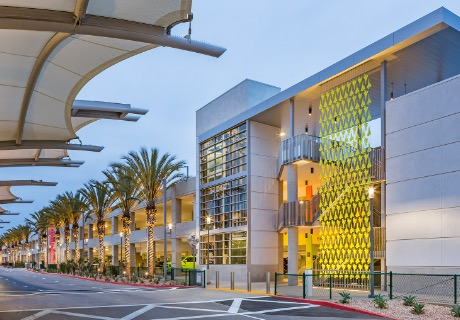 Terminal 2 Parking Plaza